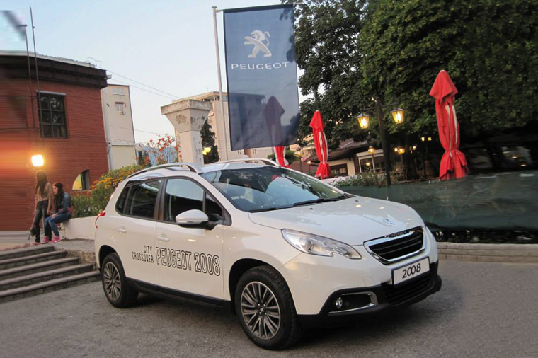 Peugeot 2008 премиерно пред јавноста за шестото издание на Францускиот филмски Фестивал