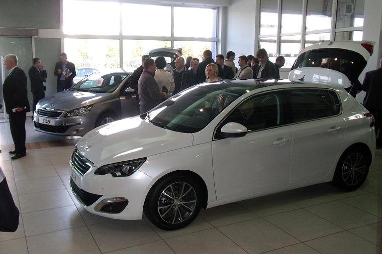 НОВИОТ Peugeot 308, импресивен во секој поглед!