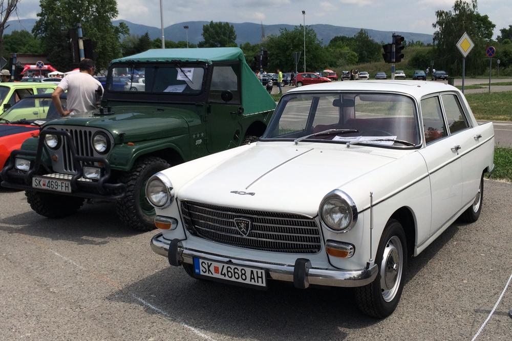 ЕУРОИМПЕКС ДОО на Изложбата на олдтајмери, луксузни и модифицирани автомобили