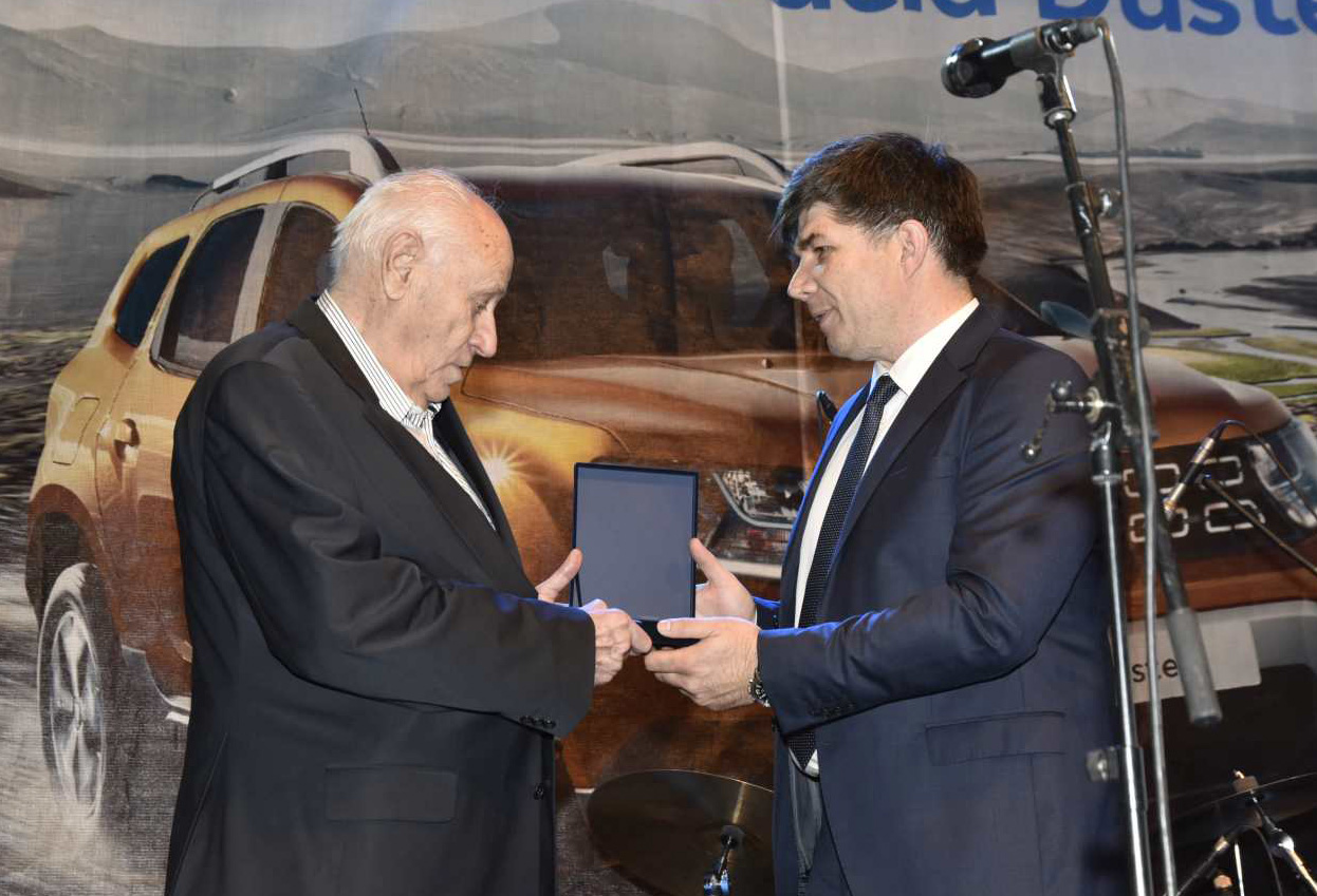 "Recognition ""Tomislav Biljarc"" awarded to the founder of Euroimpex - Vladimir Voinovski"